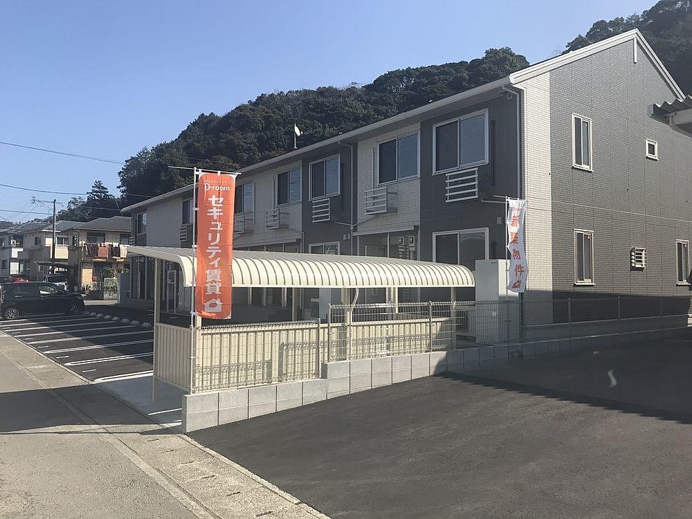 宮崎県日向市の賃貸・アパート・中古物件情報はERA大成不動産です。お客様の生活スタイルに合わせた住まい探し、様々な「住む」をお手伝いさせていただきます。お客様のご希望に添える物件をご提案致します…